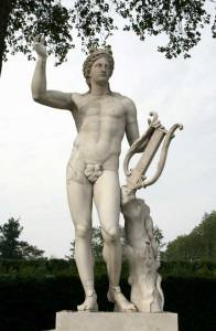 Apollo-and-his-Lyre-at-Versailles